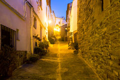 Ruas da noite de Villafames fotografia de stock royalty free
