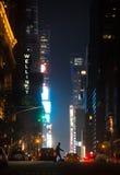 Ruas de New York City na noite Foto de Stock