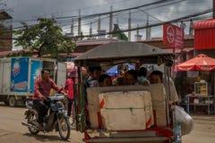 Ruas de Phnom Penh Imagens de Stock