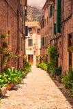Ruas dos beautifuls de Valldemossa fotografia de stock