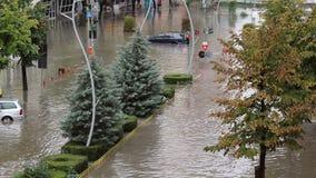 Ruas inundadas video estoque