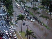 Ruas inundadas após a tempestade da chuva Fotos de Stock Royalty Free
