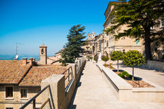 Ruas pequenas velhas de San Marino Fotografia de Stock