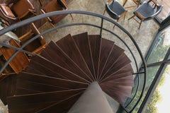 Śruba, drewnianego schody odgórny widok Zdjęcia Royalty Free