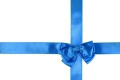 Ruban bleu avec un arc Image stock