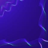 Ruban onduleux bleu sur un fond foncé Photographie stock