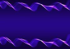 Ruban onduleux bleu sur un fond foncé Photo libre de droits