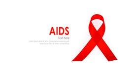 Ruban rouge de coeur de conscience de SIDA d'isolement sur le fond blanc Image stock