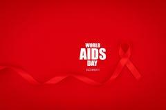 Ruban rouge de coeur de conscience de SIDA sur le fond rouge Photographie stock libre de droits