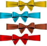 Rubans de couleur de satin. Arcs de cadeau. illustration stock