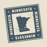 Rubber stämpel för Grunge med namn och översikten av Minnesota, USA stock illustrationer