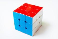 Rubik在白色背景隔绝的` s立方体 库存照片