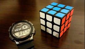 Rubik& x27 κύβος του s στοκ φωτογραφία με δικαίωμα ελεύθερης χρήσης