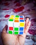 Rubik& x27 κύβος του s στοκ εικόνες