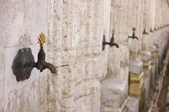 Rubinetti per abluzione nella moschea di Suleiman Fotografia Stock