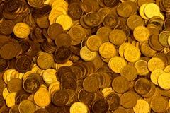 Rubli russe di pila di fondo delle monete di oro del metallo Fotografie Stock