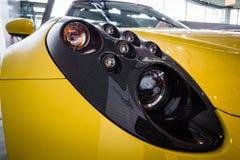 Rubrik av typen 960, 2015 för sportbilAlfa Romeo 4C spindel Arkivbild