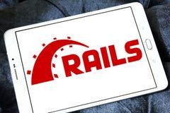 Ruby en logotipo del marco de la aplicación web de los carriles Imágenes de archivo libres de regalías