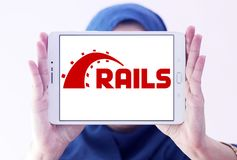Ruby en logotipo del marco de la aplicación web de los carriles Imagenes de archivo