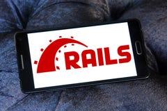 Ruby en logotipo del marco de la aplicación web de los carriles Fotografía de archivo