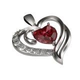 Ruby Heart Necklace auf weißem Hintergrund Lizenzfreies Stockbild