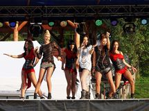 "Rucar, †de ROMÊNIA ""13 de setembro de 2014: Faixa do céu no concerto Foto de Stock"
