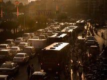 Ruchów drogowych dżemy przy wieczór Obraz Stock