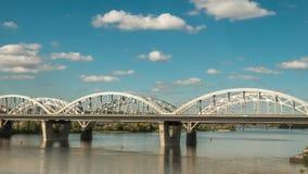 Ruch chmury nad kolejowym mostem HD czasu upływ zdjęcie wideo