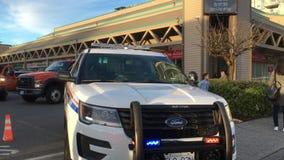 Ruch czerwoni i błękitni przeciwawaryjni światła samochody policyjni na drodze dla wypadek samochodowy sceny zbiory