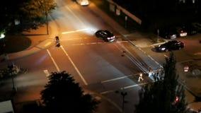 Ruch cztery sposobów ruchu drogowego skrzyżowania natężenie ruchu drogowego po świętować Kanada dzień przy nocą zbiory