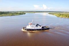 Ruch denni handlowi statki, holowniki i Beaumont, Teksas fotografia royalty free