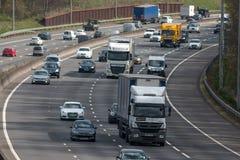 Ruch drogowy na Brytyjskiej autostradzie M25 Zdjęcie Royalty Free