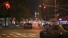Ruch drogowy przy nocą na Broadway zbiory