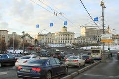 Ruch drogowy w Moskwa Zdjęcie Royalty Free