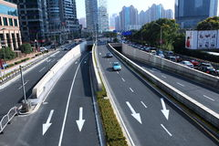 Ruch drogowy w Shanghai Lujiazui centrum finansowego okręgu fotografia royalty free