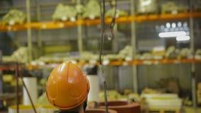 Ruch haczyk kętnara żuraw przy fabryką zdjęcie wideo