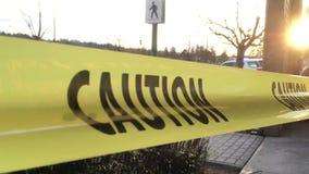 Ruch ostrożności żółta linia na wypadek samochodowy scenie zdjęcie wideo