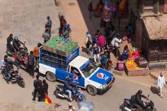 Ruch w Kathmandu w postaci obrazka od życia zdjęcia stock