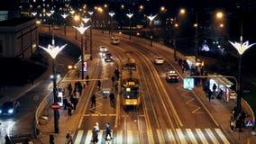 Ruch w wieczór czasie transport publiczny w mieście Warszawa zbiory