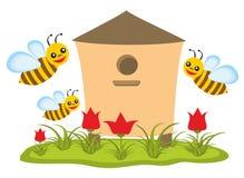 Ruche avec des abeilles illustration libre de droits
