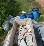 Ruches et tout autre appareil de l'apiculture pour des abeilles d'élevage Photo stock