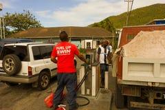 Ruchliwie benzynowa stacja przy portowym Elizabeth Zdjęcia Royalty Free