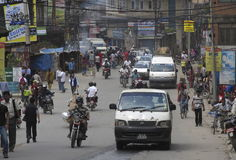 Ruchliwie drogowy Kathmandu Nepal zdjęcia royalty free