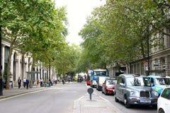Ruchliwie Londyńska ulica fotografia royalty free