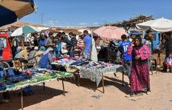 Ruchliwie miejscowego rynek w Maroko Obraz Stock