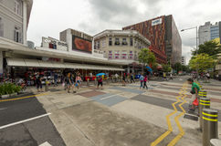 Ruchliwie Singapurska ulica Obrazy Stock
