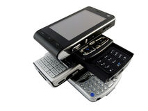 ruchome kilka poukładał współczesnych telefony white obrazy stock
