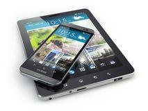 ruchome urządzenia Smartphone i pastylki komputer osobisty na białym backg Fotografia Stock
