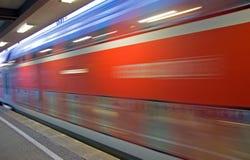 ruchu czerwieni pociąg Obraz Stock