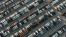 Ruchu downwards parking pod lato wieczór światłem słonecznym zbiory wideo